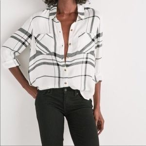Lucky Brand Two Pocket Plaid Button Down Shirt